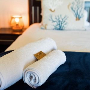 Room 3 Guest Room Complimentary Towels and Sweet